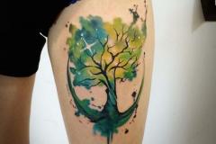Наколка : Цветные, Деревья на бедре