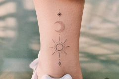Тату : Мини, Луна, Солнце, Узор на голени (икре)