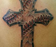 Татуировки на лопатке