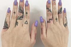 Татушка : Узор, Листья на пальцах