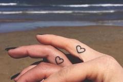 Тату : Сердце, Парные на пальцах