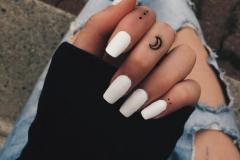 Наколка : Узор, Луна на пальцах