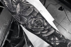 Наколка : Рукав, Цветы, Роза, Птицы на плече
