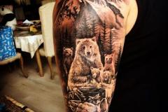 Татуировка : Животные, Рукав, Медведь на плече