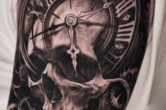 Татуировка : Рукав, Череп, Время на плече