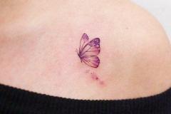 Татушка : Бабочка на плече