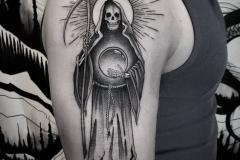 Тату : Смерть, Солнце, Череп на плече