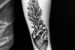 Татуировка : Сердце, Деревья на предплечье