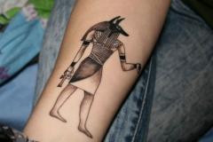 Татуировка : Иероглифы на предплечье