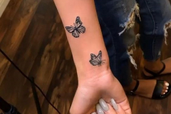 Наколка : Бабочка на предплечье