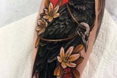 Татушка : Ворон, Птицы, Цветы, Цветные на предплечье
