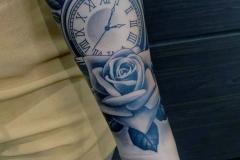Наколка : Роза, Цветы, Время, Рукав на предплечье