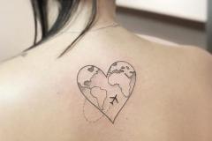 Татушка : Сердце, Самолет на спине