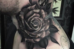 Тату : Роза, Цветы на шее